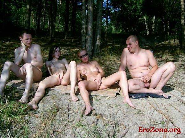 Порно-фото на природе