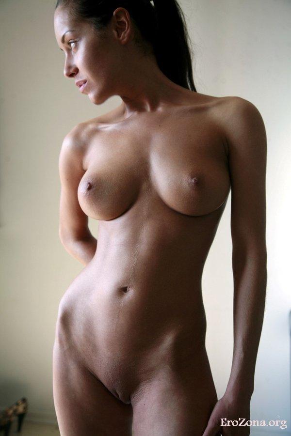 Смотреть Порно   Порно Фото Голых Сексуальных Девушек