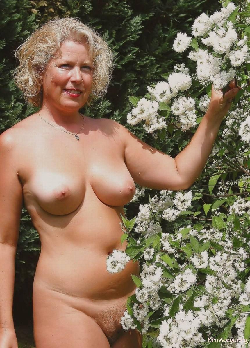 Голые Женщины После 50 Лет