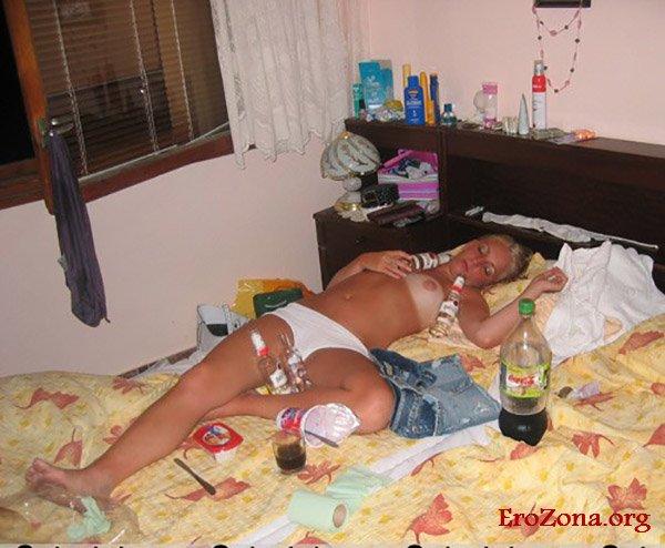 порнофото подглядываем пьяные спящие