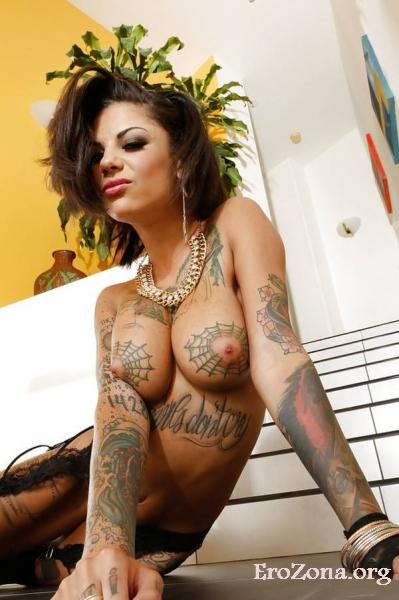 Красивые девушки с tattoo.