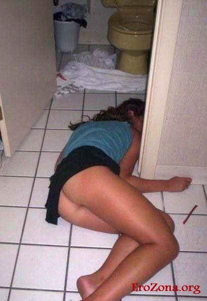 Пьяные И Голые Женщины Бесплатно