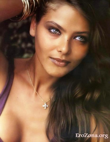 Эротические фото с итальянской актрисой Орнеллой Мути (итал. Ornella Muti)