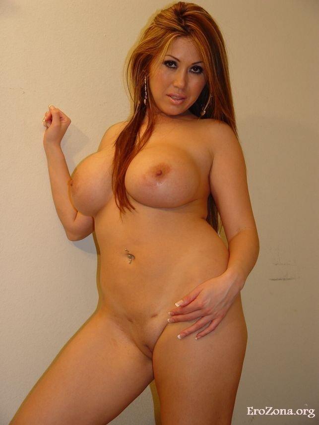 фото голых женщин в форме