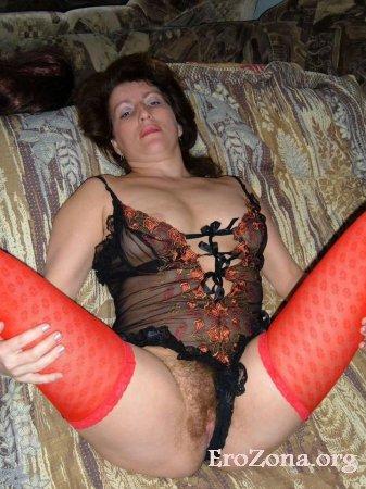 Фото сочные бабы раздвигают ноги
