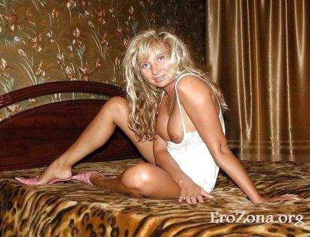 Откровенное фото зрелой блондинки