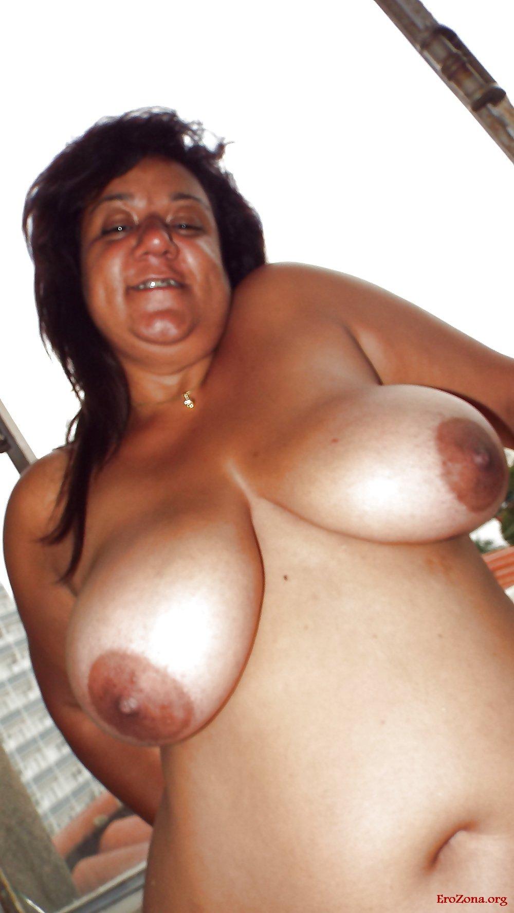 Зрелая толстушка порно фото