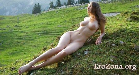 эротическое фото на природе
