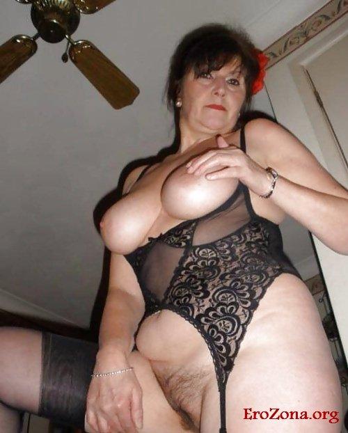 Аппетитные зрелые женщины в порно фото