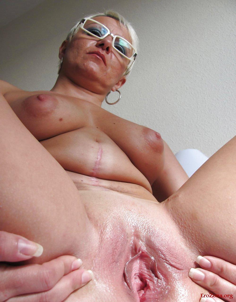 Голые Зрелые Женщины Крупным Планом Видео
