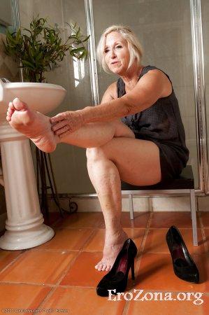 Ножки зрелых фото