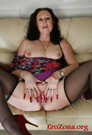 60 летняя Женщина обнаженная фото крупным планом