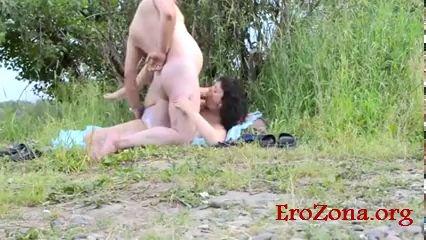 секс в лесу русских любовников