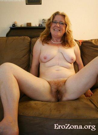 рыжая пися зрелой матюрки порно фото