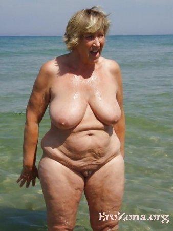 Голые бабы на пляже фото