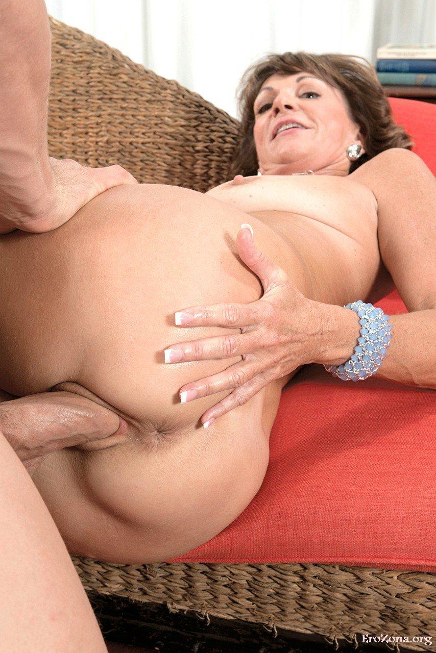 Hot Granny Ibolya Loves Anal Tramp