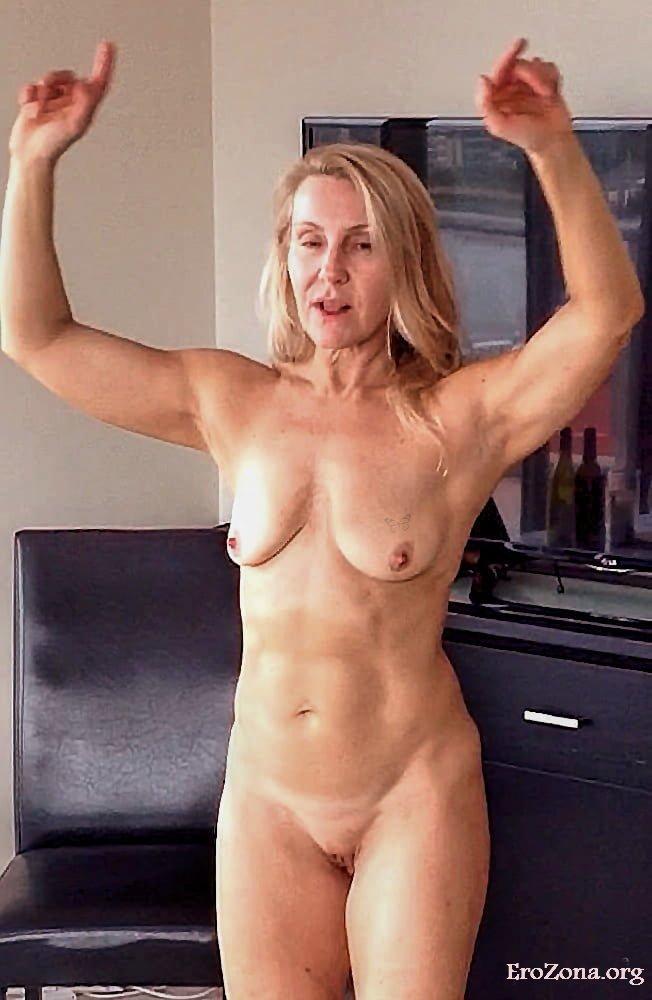 Смотреть Порно   Порно Фото 51ка Летней Зрелой Жeнщины