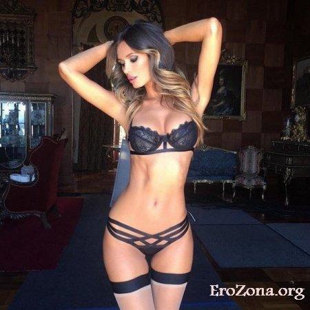 молодые красивые девушки в эротичном белье эротические картинки