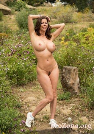 смотреть онлайн красивые девушки голые
