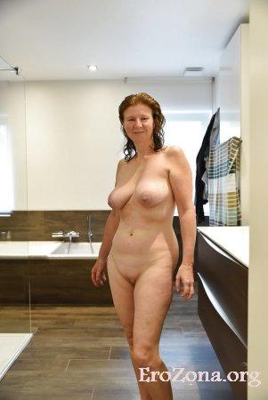 Фото. голые женщины в домашней обстановке