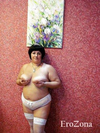 Домашнее фото голой толстушки жены