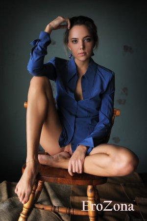 эротические фото модели Katya Clover