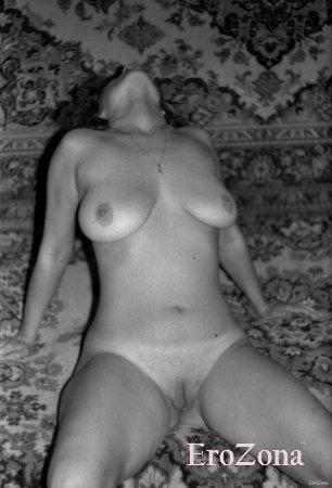 Домашние черно белые ретро фото горячего секса русской супружеской пары