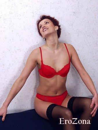 Интимные фото зрелой русской красотки с волосатым лобком