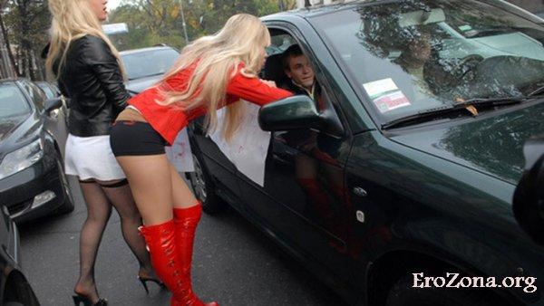 В чем жены могут проигрывать проституткам